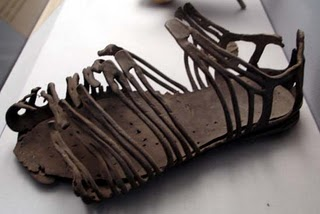 first-century-shoes-roman-found-in-franc1