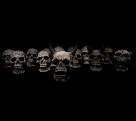 skulls-623532_960_720
