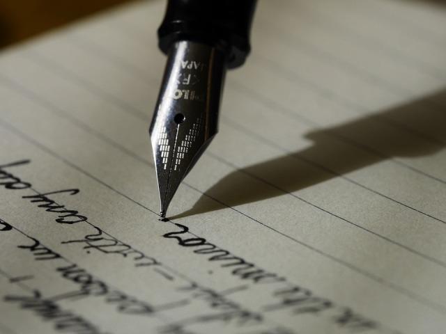 writing-1209121_960_720
