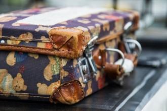 luggage-1662435_1280
